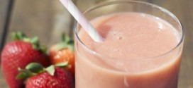 Strawberry Almond Smoothie Recipe